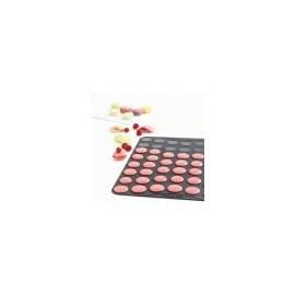 Plaque spéciale macarons en silicone Mastrad